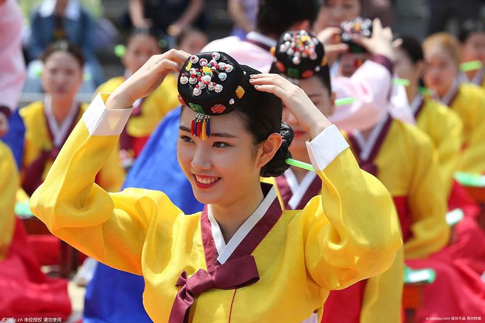 驻韩使馆:春节赴韩勿带饺子 整容前最好买保险图片