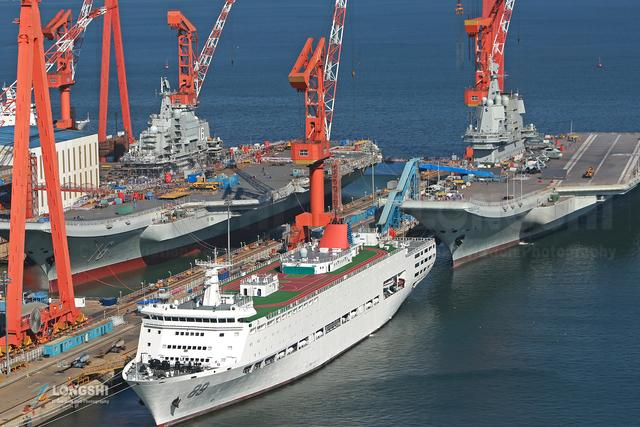 海军装备再有新突破,055型万吨远洋驱逐舰首舰服役,对手要胆寒