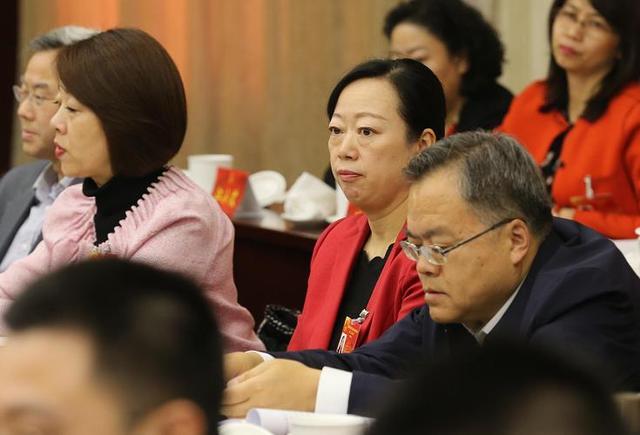 北京人大代表建议:建立老城公共雕塑后期维护机制图片