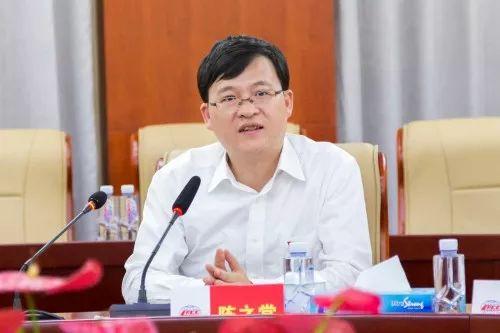 陈之常当选江苏淮安市长,曾是北京最年轻区长图片