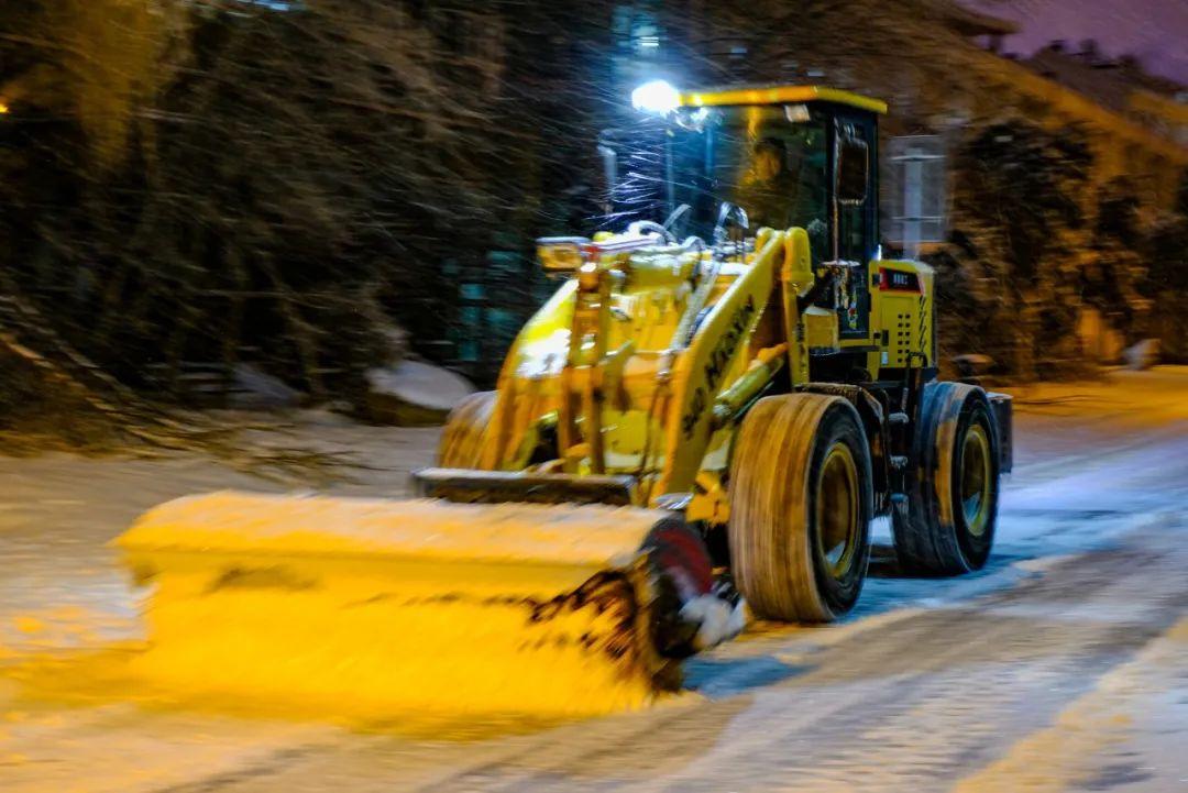 风雪中吉大校园最美的风景图片