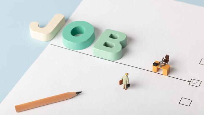 """疫情期间回国""""海归""""找不到好工作?这里提供近2000个高薪岗位图片"""