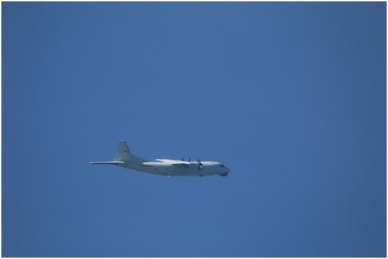 台军证实:解放军一架运8反潜机今日进入台西南空域图片