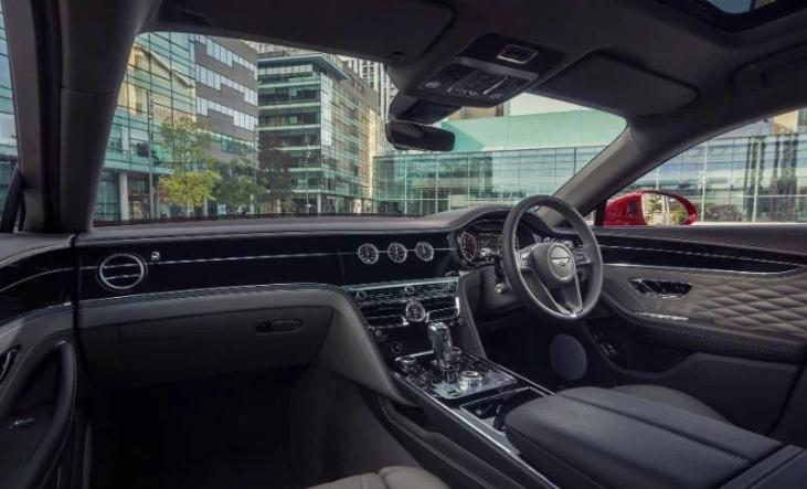 宾利飞驰V8下线 支持闭缸技术/百公里加速4.1秒