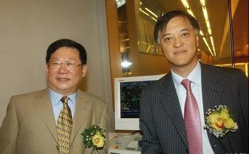 富力集团董事长李思廉(右)、联席董事长兼总裁张力