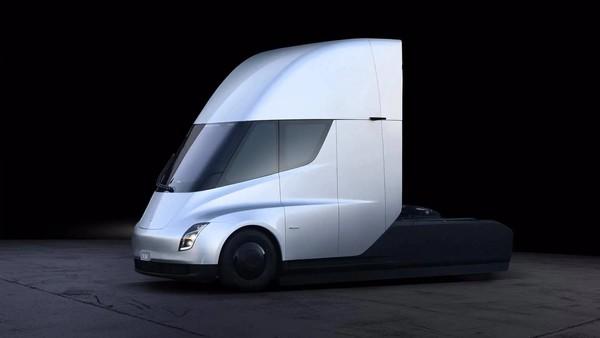特斯拉Semi卡车将使用4680电池 续航或达1000公里