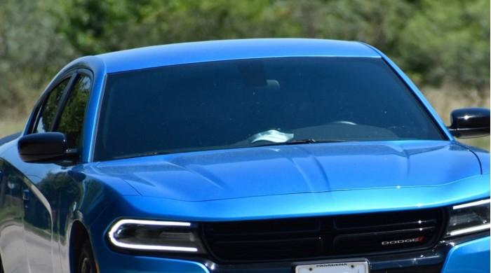 新专利显示苹果汽车可能会自动给车窗着色以提高安全性和隐私
