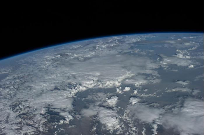 科学家提出疯狂地球拯救计划:将阳光调暗