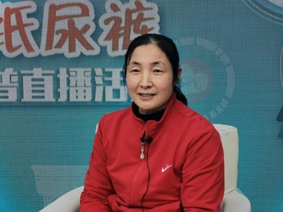 北京牛街民族敬老院护工周玉艳