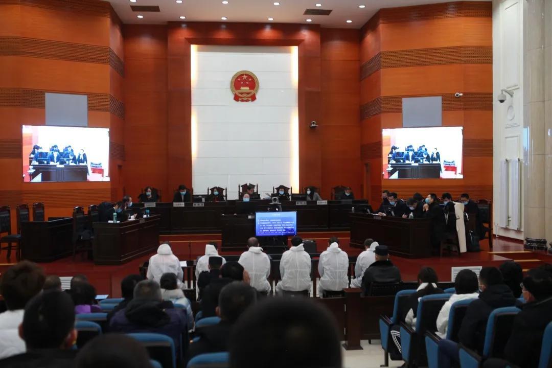 【扫黑除恶】包头市九原区人民法院公开开庭审理一起涉恶案图片