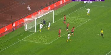 GIF:周大地头球中框,谭龙补射得分,亚泰2-0上港