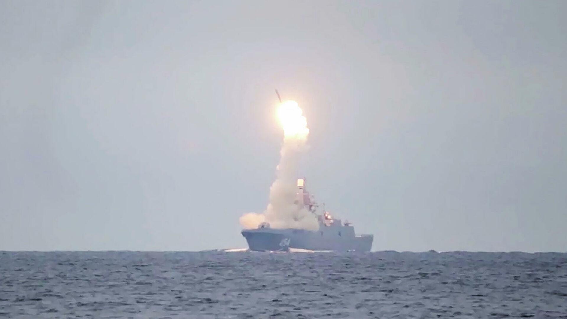 """俄罗斯成功试射""""锆石""""超高音速导弹"""