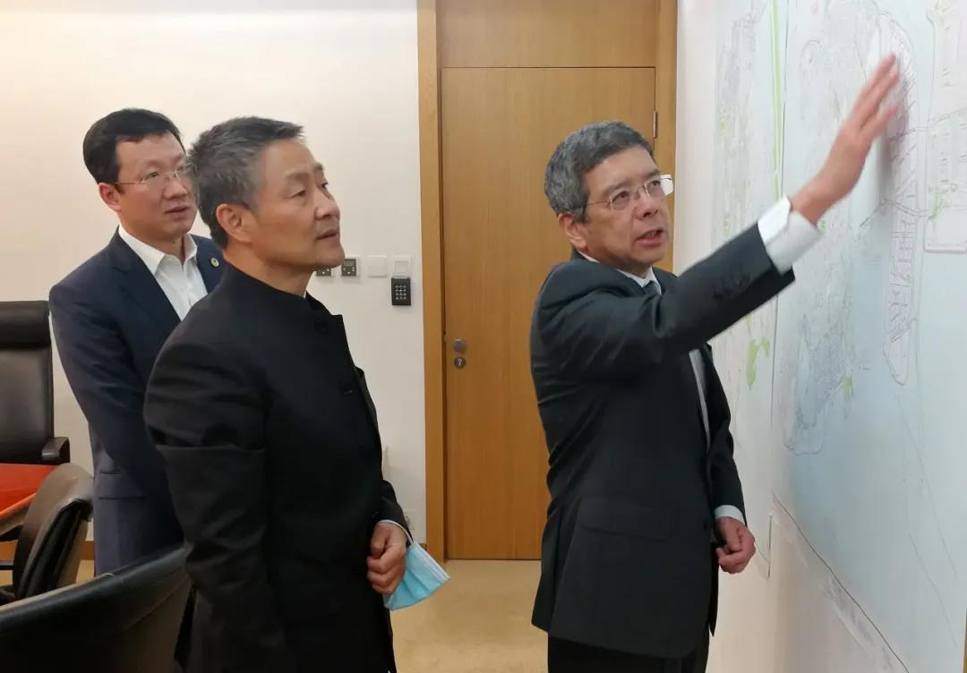 斯泽夫率队拜访澳门特别行政区政府运输工务司