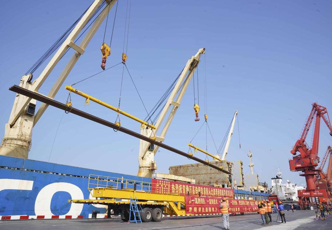供货雅万高铁钢轨 中国高铁首次整体出口图片