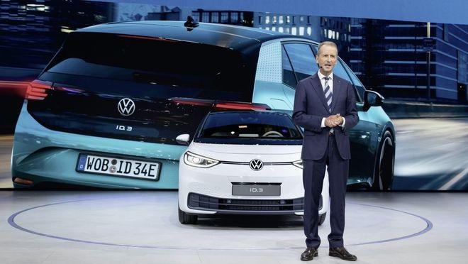 特斯拉和大众竞相开发 20 万元内电动车