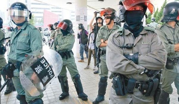 """涉嫌""""起底""""香港警员资料 32岁男子被警方拘捕"""