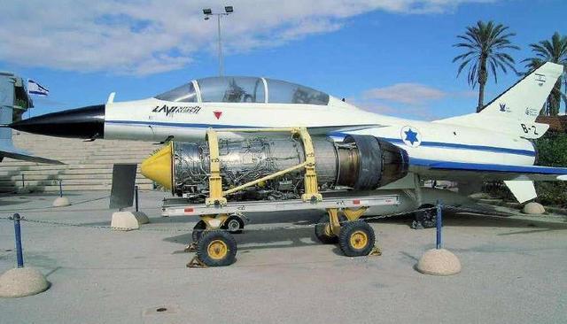 机库被淹,多架F16战机损坏,以色列遭遇天灾,损失数百万美元