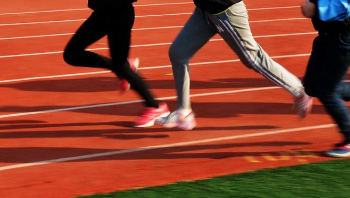 """上海体育教师短缺,""""我的体育是数学老师教的""""将成可能图片"""