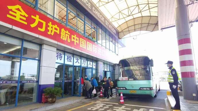 """现场直击:上海高速主线封闭严重影响通行效率?""""入城口""""安全屏障牢不牢?图片"""