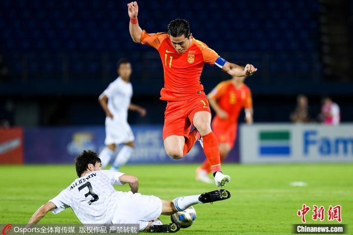 与乌兹别克斯坦比赛中,队长陈彬彬表现低迷。图片来源:Osports全体育图片社