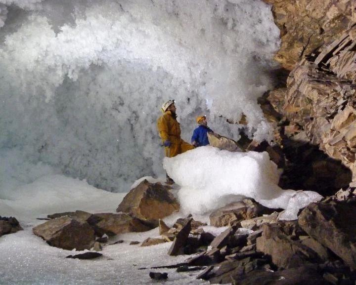 北极海冰减少,加速西伯利亚永冻层融化
