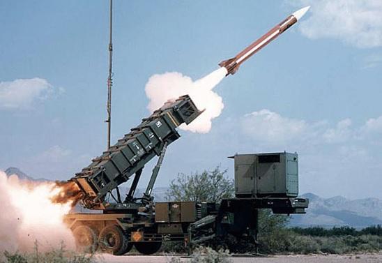 """""""爱国者""""没用?面对弹道导弹只能挨打,伊拉克与俄磋"""