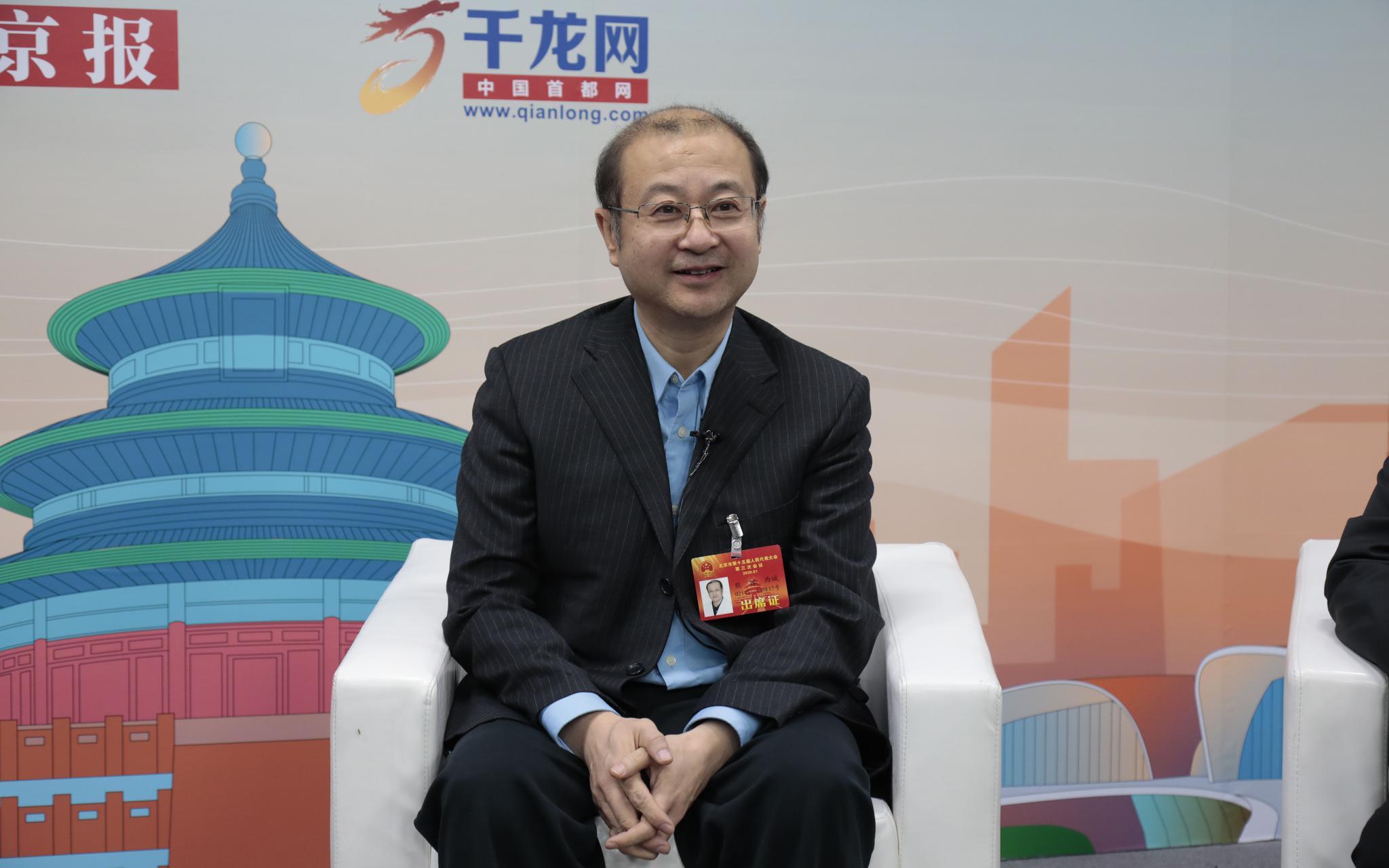 北京市人大代表、北京大学第一医院急诊科主任熊辉。摄影/新京报记者 王嘉宁