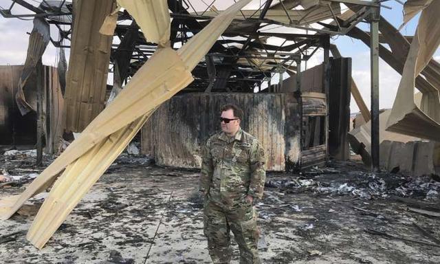 伊朗复仇导弹呼啸而出,美军基地一片狼藉,照片显示犹如复刻电影