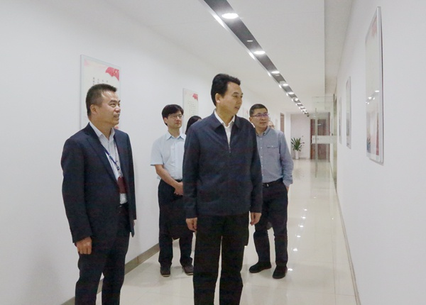 「宝宝计划」冯波声赴宝宝计划浙江产权图片