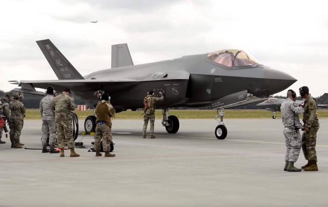 甩掉竞争者!美将花20亿美元专门维护F35 24小时下线一架