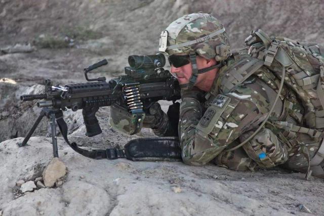 美军三把新式步枪问世,综合性能十分先进,结果却无人问津