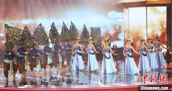 图为泰国舞蹈节目 林浩 摄