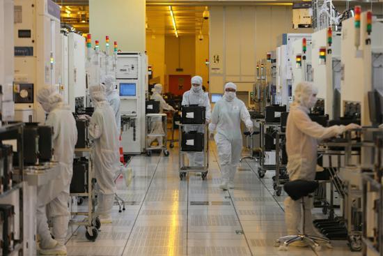击败台积电 中芯国际赢得华为海思 14nm 芯片代工大单