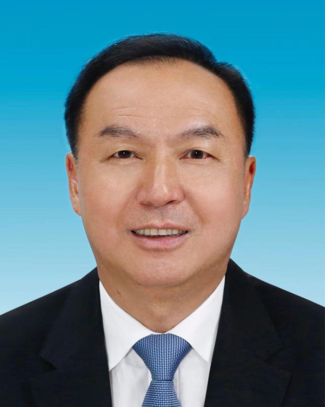 许维泽林钟乐当选为十二届省政协副主席图片