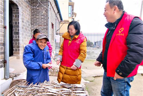 九江市柴桑区国土资源局开展春节前走访慰问送温暖活动