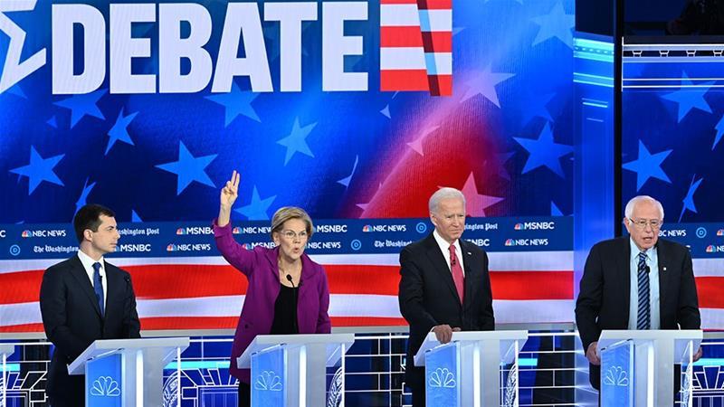 四名主要竞选人在辩论中