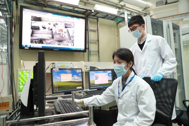 上海市长今天讲到的软X射线、活细胞成像平台,是什么科研利器?