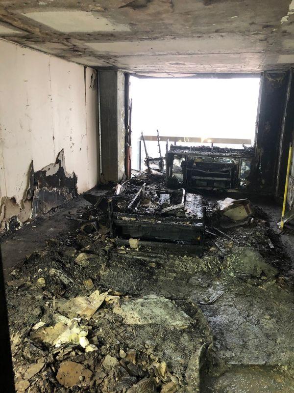 纽约富人区凌晨大火伤22人,消防局长:逃跑时记得关门