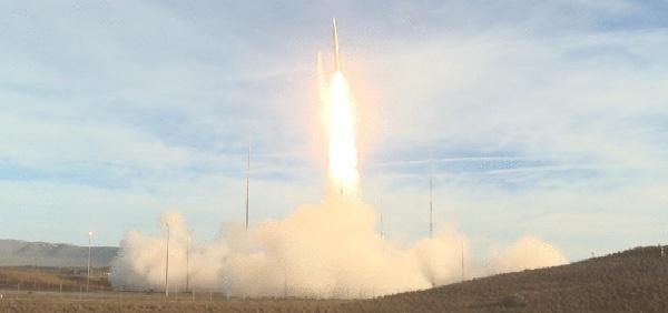 去年12月,美国退出《中岛条约》首次试射中程弹道导弹。