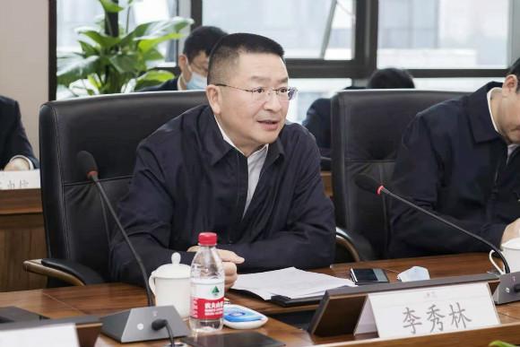 重庆电信公司党委书记、总司理李秀林谈话。中国电信重庆公司供图华龙网发