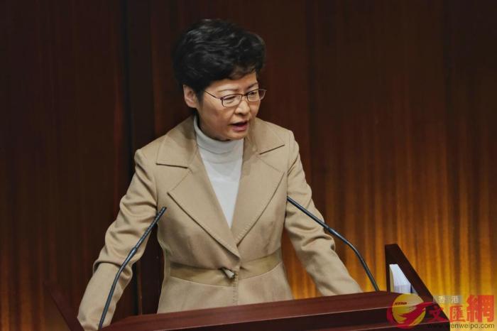 香港特区行政长官林郑月娥16日出席立法会答问会。图片来源:香港大公文汇全媒体记者 摄