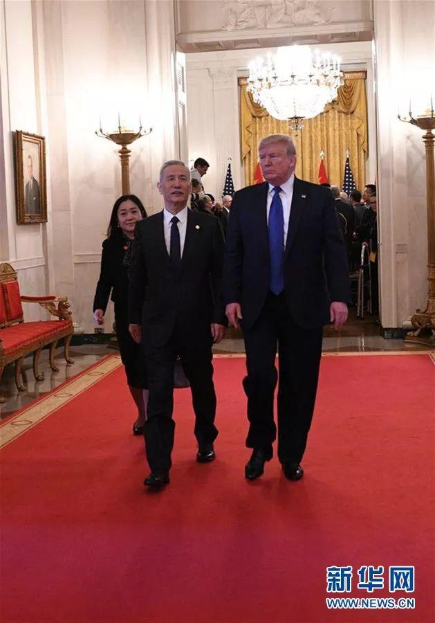 特朗普:期待在不久将来再访中国