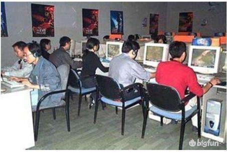 在超越暴雪的道路上,手机游戏成了中国游戏人的最后坚持