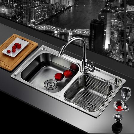 陶瓷水槽和不锈钢水槽的优缺点,看完再做选择?