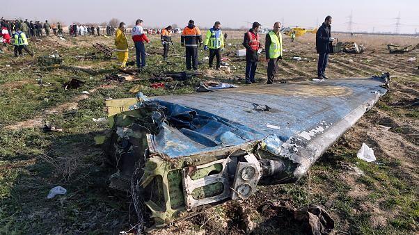 坠毁的客机残骸 图自伊朗伊斯兰共和国通讯社