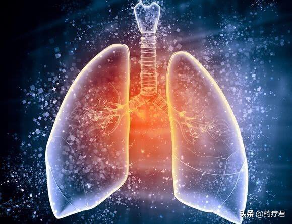"""吸烟的人,如何""""保全肺"""",不妨多吃这三类营养物质,肺会感谢你"""