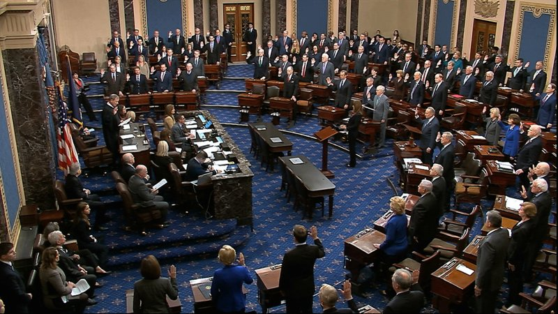 ▲参议院举行弹劾案的宣誓仪式。
