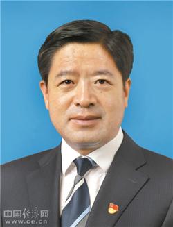 刘亮孙文斌当选拉萨市政协副主席 邹玉明当选秘书长(图|简历)