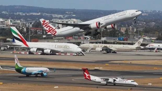 澳洲多个航班被突然取消飞中国航线,机场员工还罢工,华人都懵了