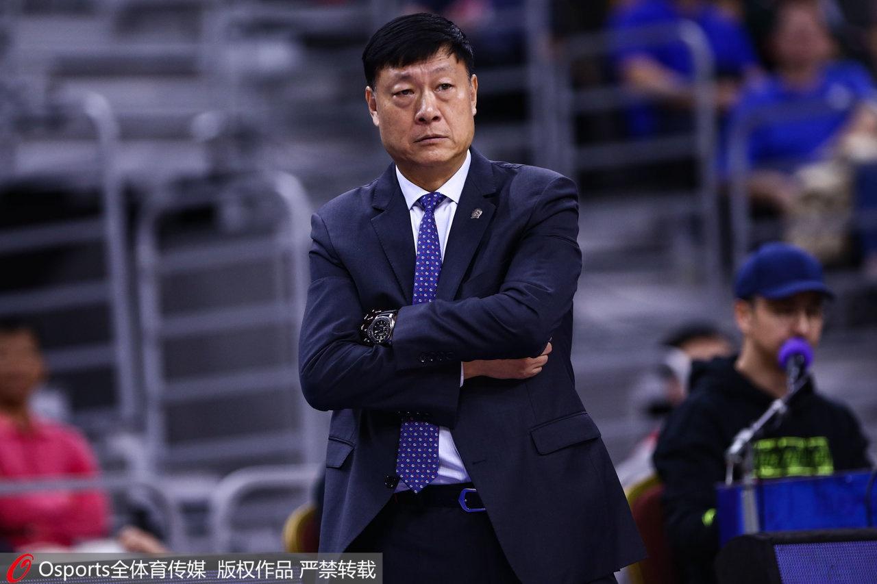 上海男篮:主帅李秋平下课 刘炜兼任一线队教练组组长